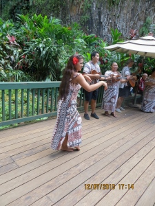 Hula dancer at the Fern Grotto.