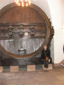 The huge wine vat built in the 16th century in the cellars of the castle.